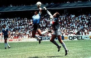 maradona21.jpg